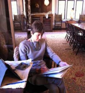 Alison Nicholls sketching at the Explorers Club
