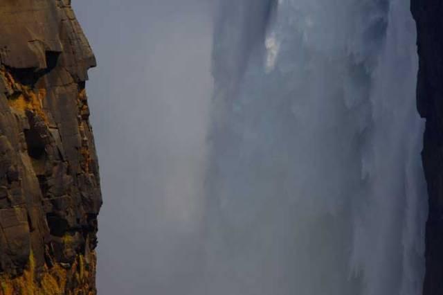 Victoria Falls by Nigel Nicholls © 2013